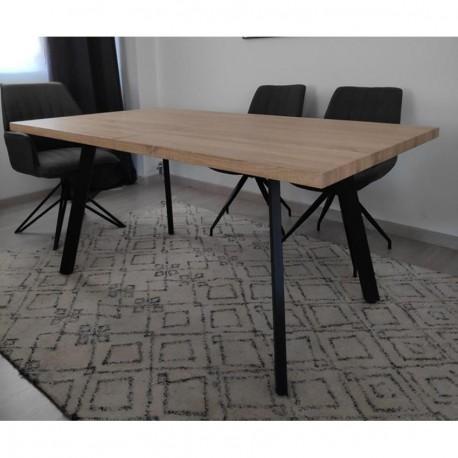 Mesa extensible en roble y patas metálicas