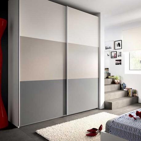 Armario dos puertas correderas combinado en gris arena y for Puertas de corredera para dormitorio