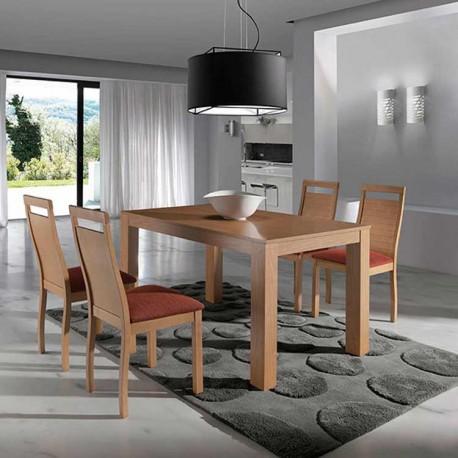 Mesa extensible y 4 sillas madera de Haya